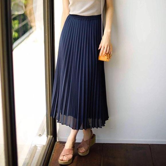 5363a3d05a UNIQLO Skirts | Midi Pleated Skirt | Poshmark